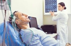 Como é realizado e quais os preparos para o exame de eletroencefalograma