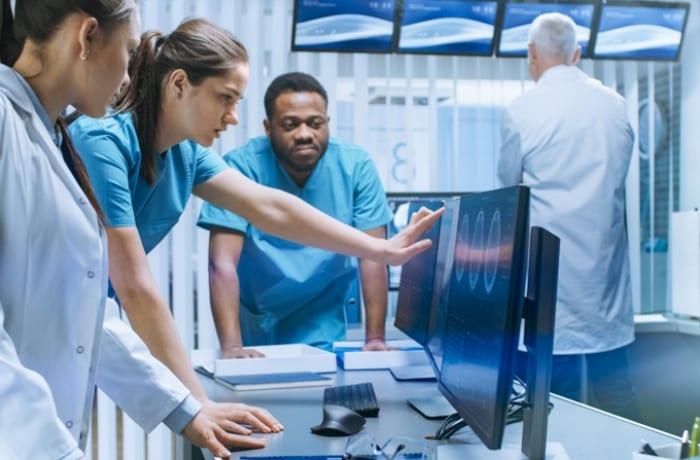 Como funciona a telemedicina ao decidir como montar uma clínica?