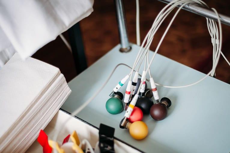 o que é alugar aparelhos médicos em comodato?