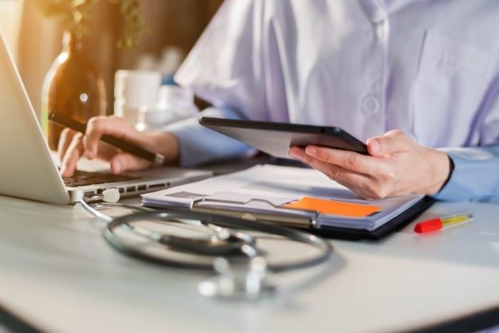 Conceito de Telemedicina e laudo a distância