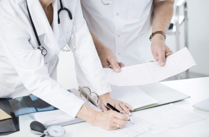 Como abrir seu consultório médico?