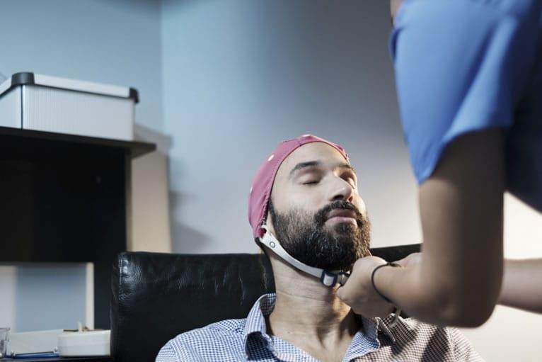 Preparo para o eletroencefalograma com mapeamento cerebral