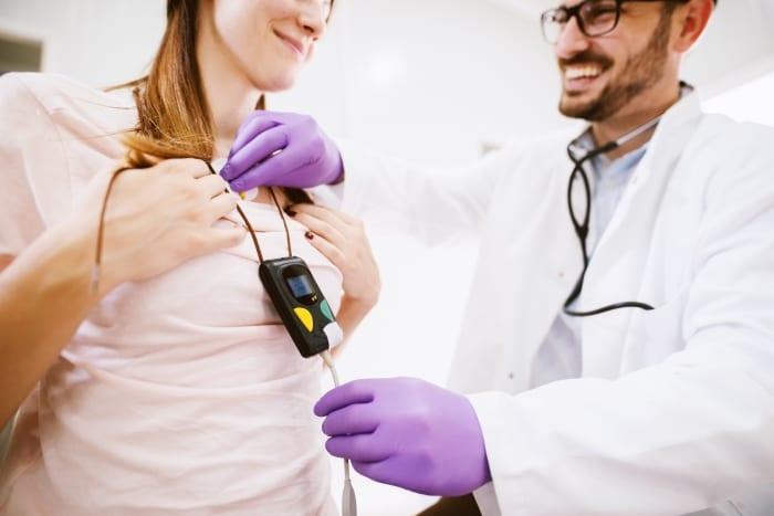 Por que devo escolher o comodato de Holter