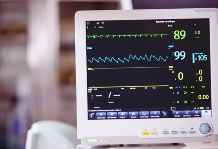 Por que algumas clínicas faliram usando o eletrocardiograma digital?