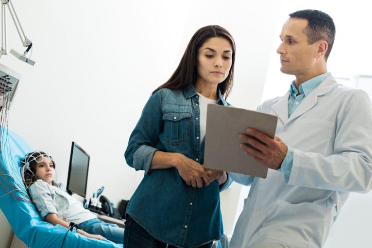 Como funciona o eletroencefalograma digital?