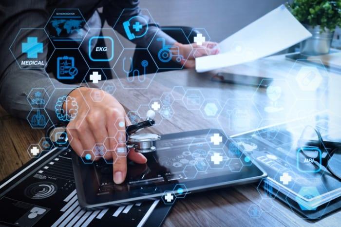 Benefícios para clínicas e consultórios em obter laudos de exames pela internet