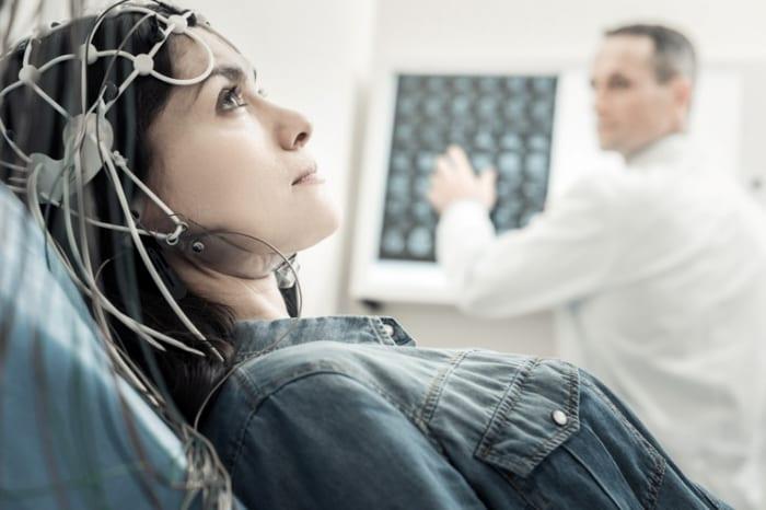 Como a telemedicina na neurologia funciona em uma plataforma de telessaúde?