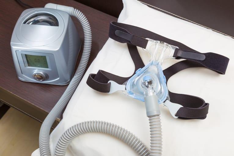 Aparelho de controle de apnéia para clínica do sono