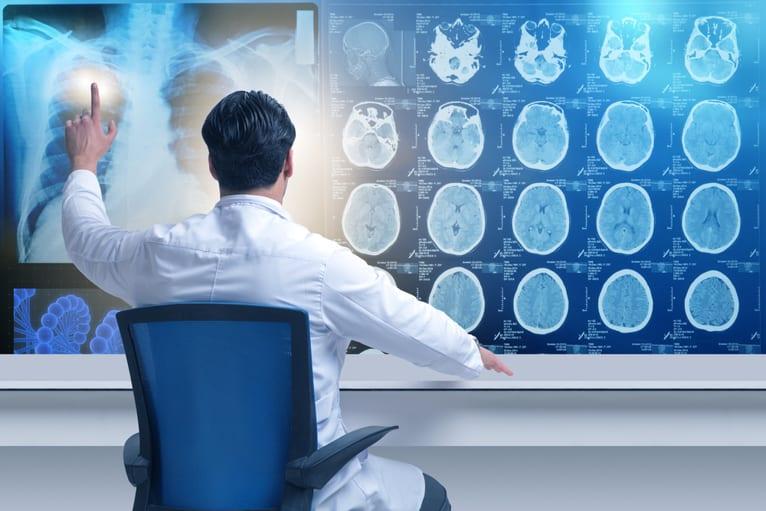 aparelho de tomografia