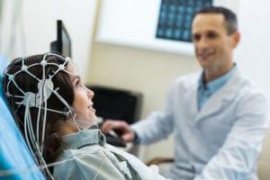 como interpretar um eletroencefalograma