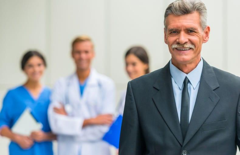 como funciona administração Hospitalar
