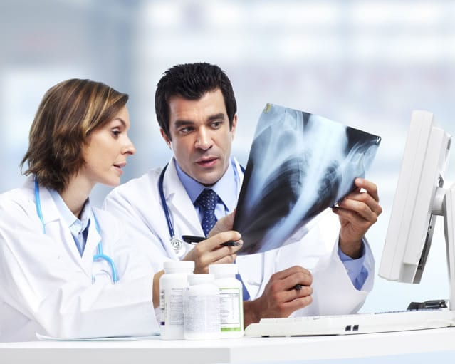 Quem pode abrir uma clínica de radiologia?