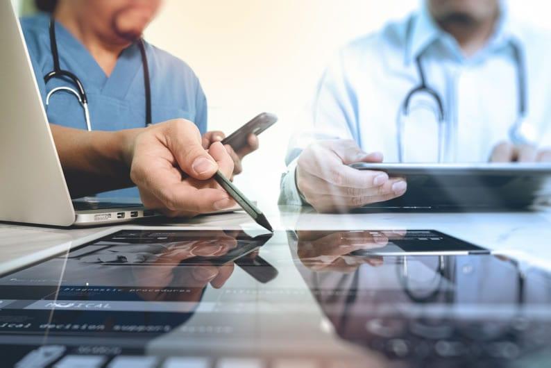 Como funciona a Telemedicina na emissão de laudos médicos a distância?