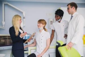 Administração de clínica médica: 9 dicas para uma gestão de sucesso