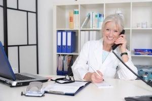 Pós-atendimento em clínicas médicas: como encantar seu paciente