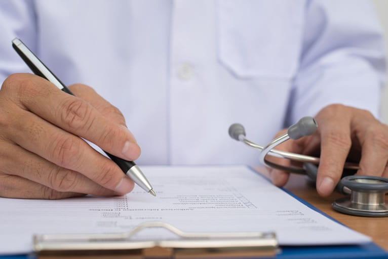 O que diz a legislação sobre o atestado de aptidão física?