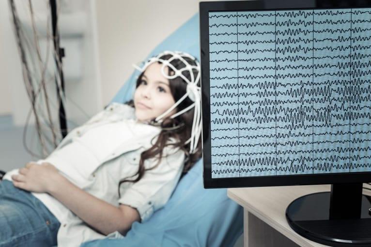 Eletroencefalograma infantil