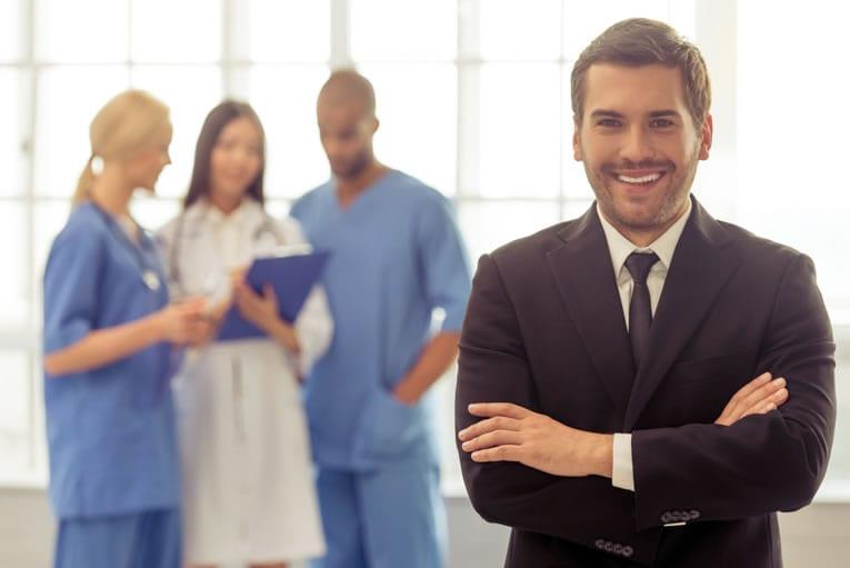 Etapas para regularizar a clínica médica ou consultório