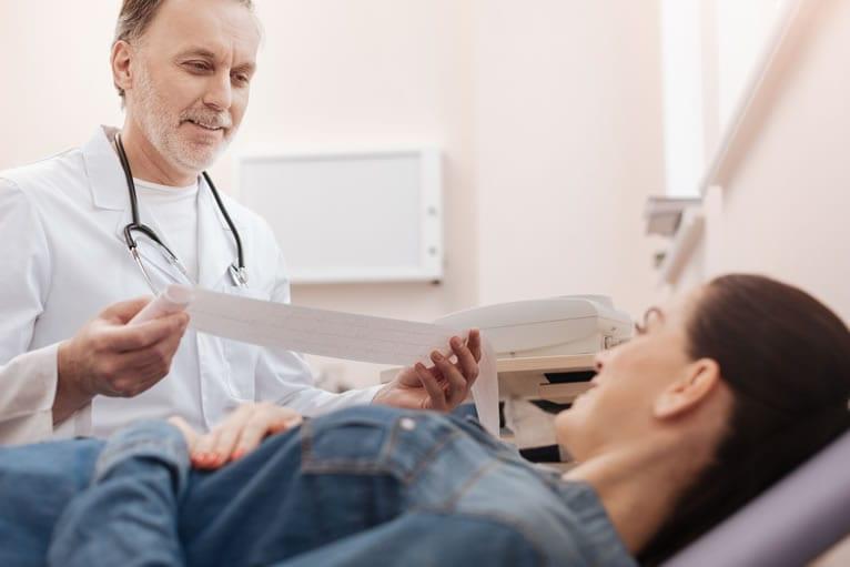 Como funciona o eletrocardiógrafo?