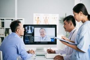 Teleconsultoria na saúde: o que é, como funciona, benefícios e legislação