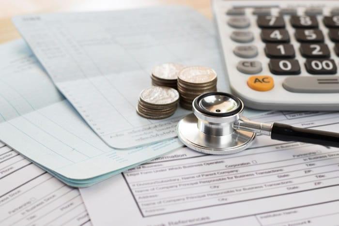 Quais são os benefícios do comodato de equipamentos médicos?