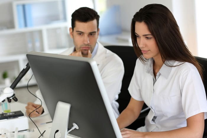 Treinamentos via internet pelo suporte do serviço de Telemedicina