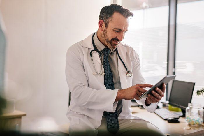 São diversas opções de softwares médicos com prontuário eletrônico