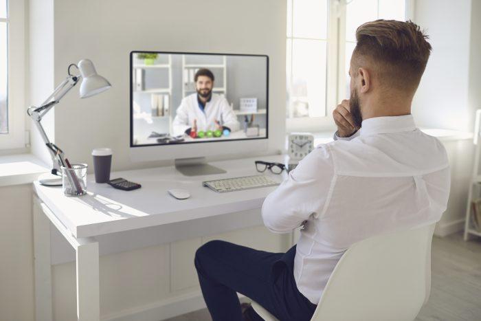Protocolos de telessaúde: Conheça os 5 passos da avaliação de uma solicitação