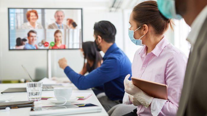 A telepresença é mais voltada para o corporativismo e traz mais tecnologia para o processo