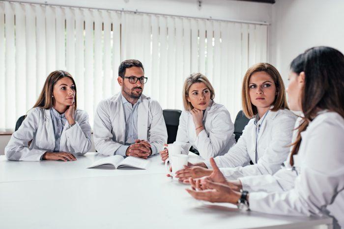 A audittoria fiscaliza contratos, processos e é importante para a reputação da empresa