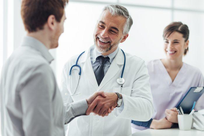 Conheça as bases de atuação da medicina integrativa.