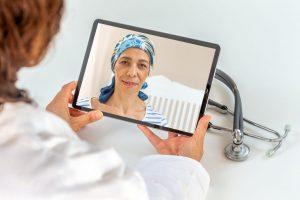 A Telereabilitação é um método alternativo e inovador que permite aos pacientes o acesso remoto a uma equipe especializada de reabilitação.