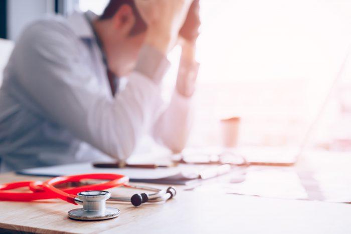 As diferenças entre responsabilidade penal e responsabilidade civil do médico
