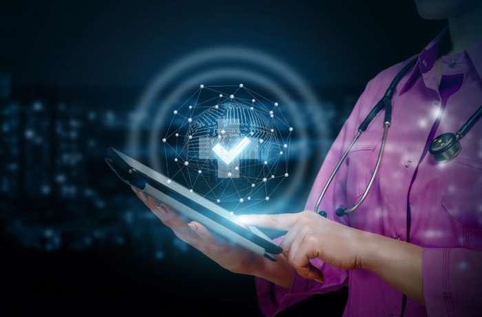 Sistema de teleconsulta: 10 benefícios para a sua clínica