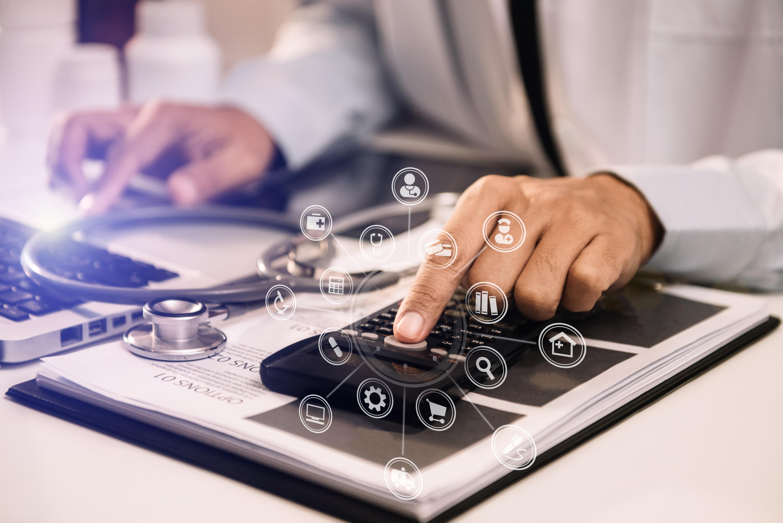 Como automatizar o controle financeiro da sua clínica?