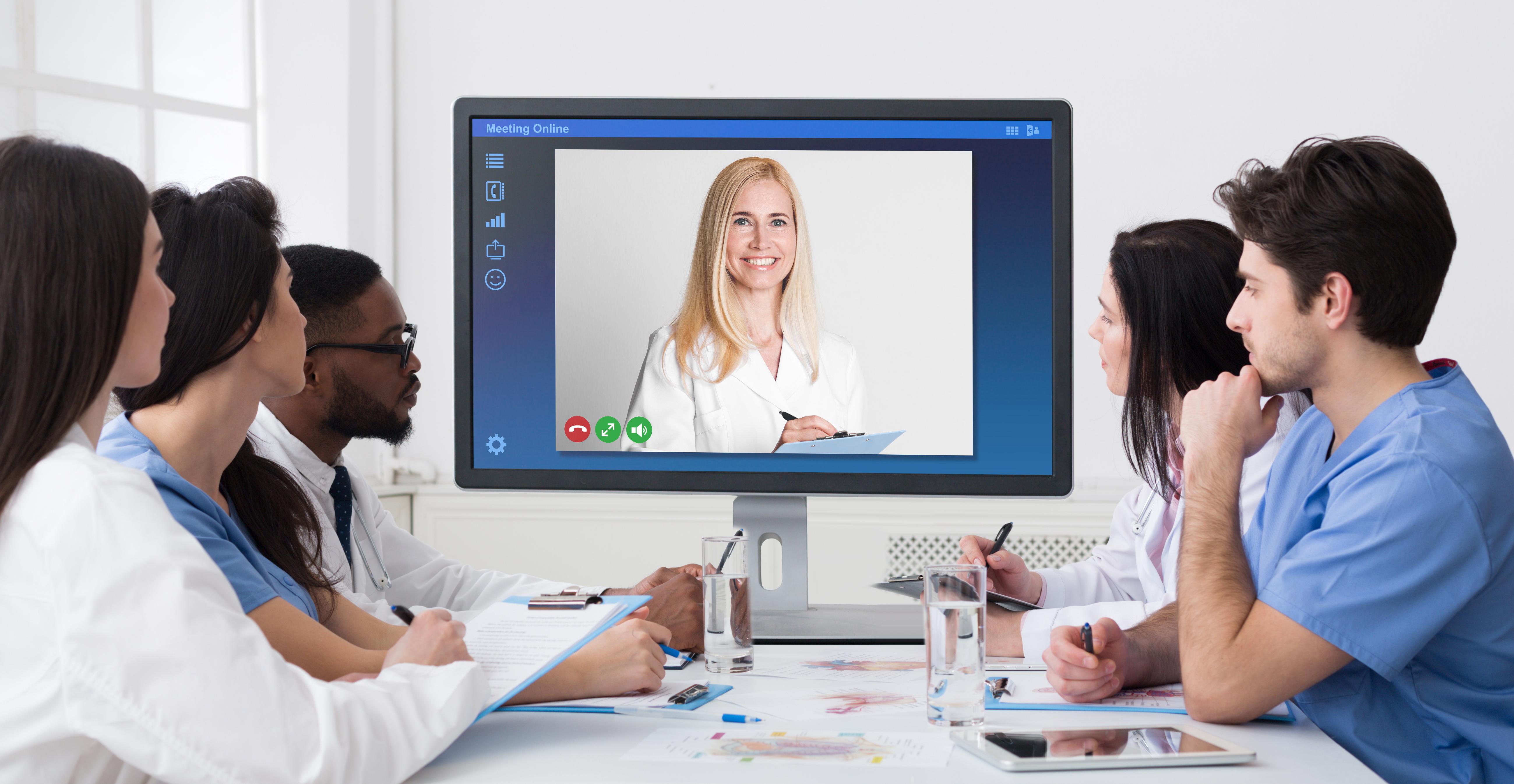 Como tornar a sua clínica online?