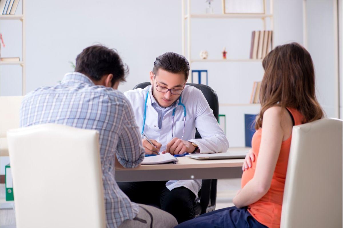 Consultar com obstetra